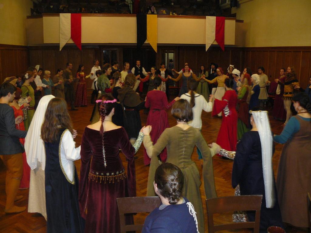 Novoroční ples Školy starého tance